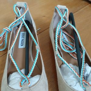 Steve Madden Shoes - BNWT Steve Madden Emelie lace up suede flat